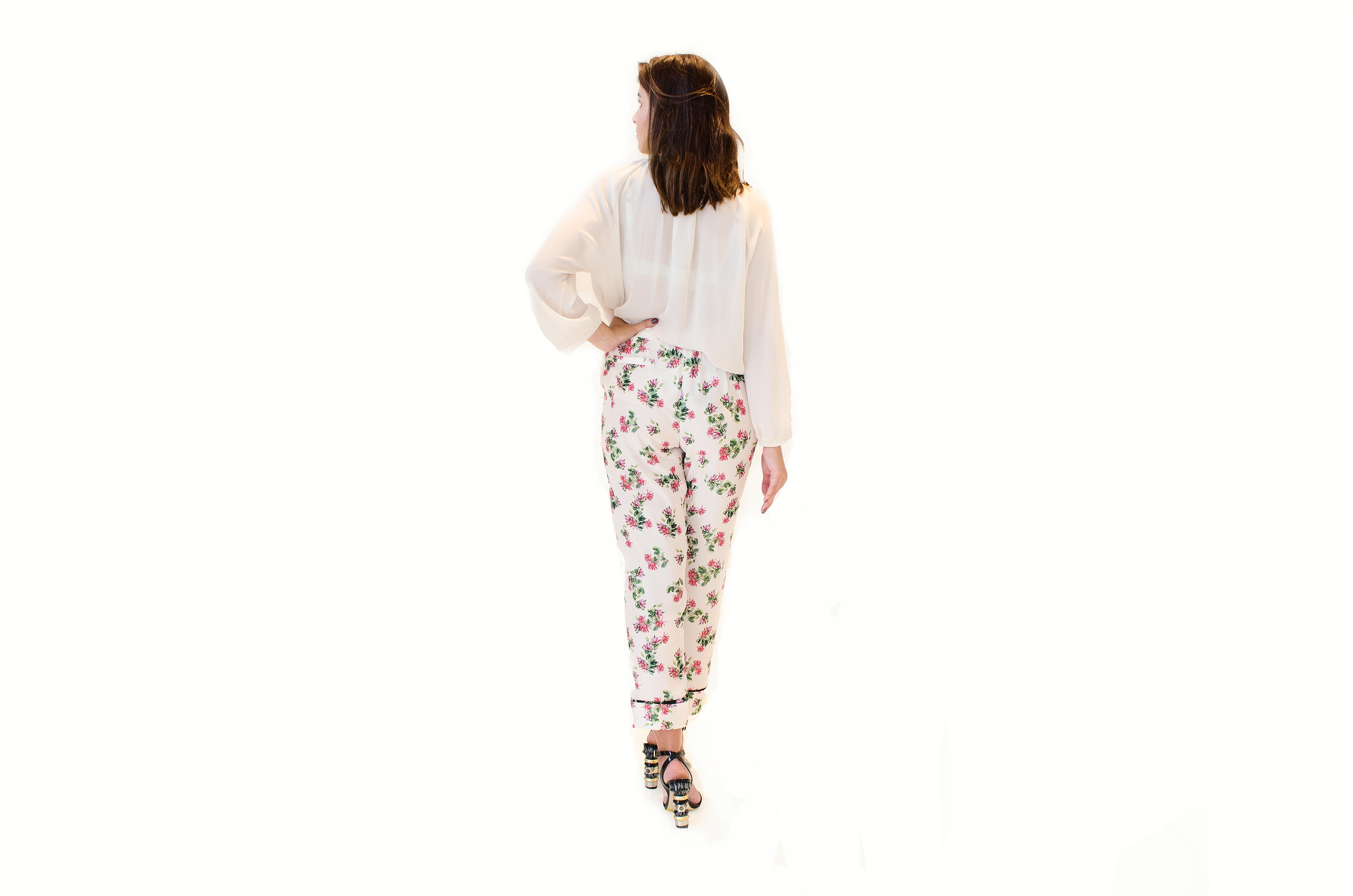 Květované vzdušné kalhoty